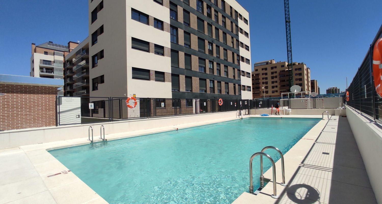 piscina de residencial Solaris
